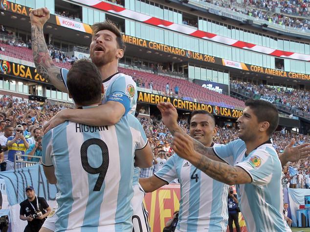 Coppa America: finale sarà Argentina-Cile, rivincita del 2015