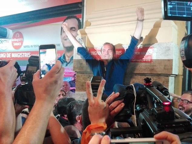 Napoli: de Magistris per ora conferma Giunta uscente