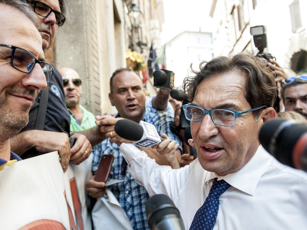 Sicilia: Crocetta, il mio governo incredibile e mi ricandido