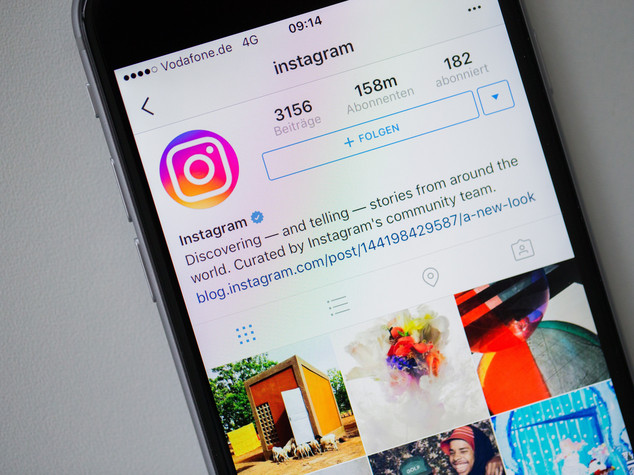 Instagram ha mezzo miliardo di utenti