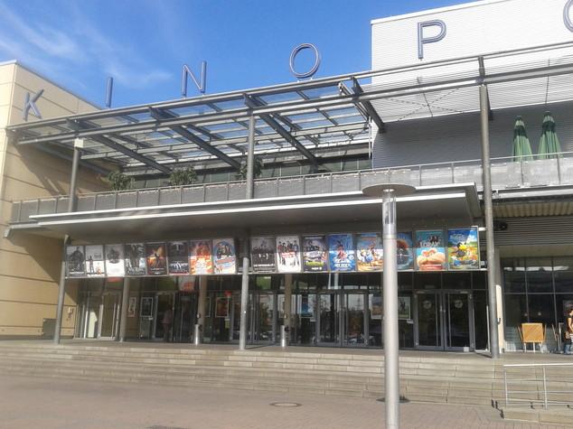 Uomo armato in un cinema in Germania, ucciso dalla polizia