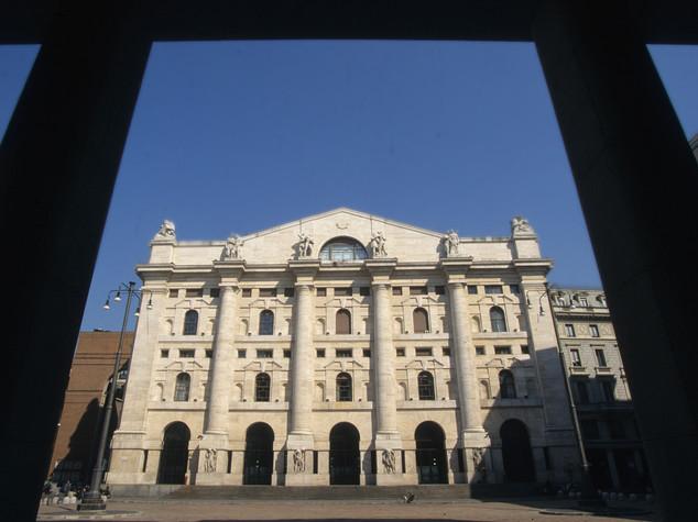 Brexit affonda le borse europee, Milano in picchiata
