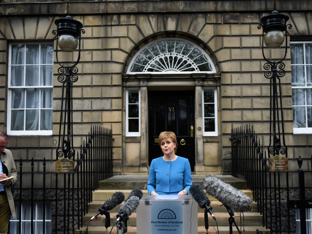 "Sturgeon vuole colloqui immediati su ""posto Scozia in Ue"""