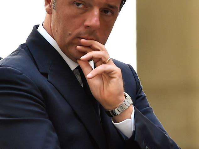 A Bari riunione coordinamento soccorsi con Renzi