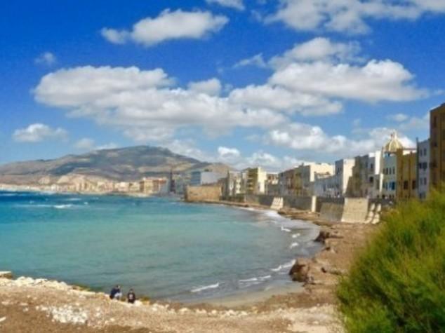 Ambiente: Legambiente,cemento ha 'divorato' 51% litorali italiani