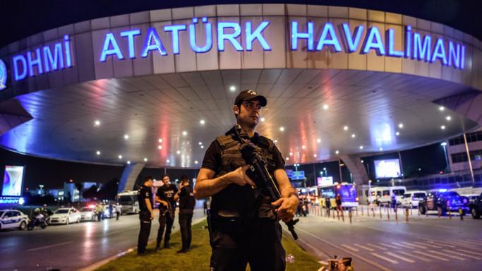 Strage Istanbul, altri 7 arresti per attentato aeroporto