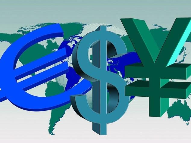 Euro chiude in flessione ma sopra 1,13 dollari