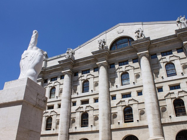 Borsa: chiude in rialzo (+0,61%) giu' Unicredit, ok Italmobiliare