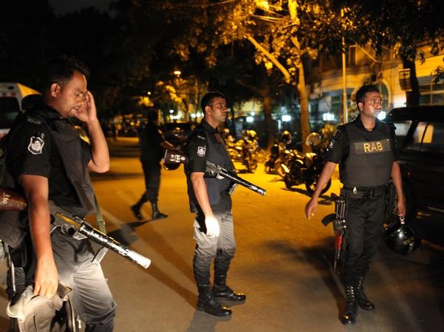 Arrestato docente che affittò casa a commando Dacca
