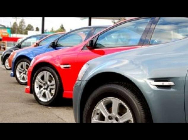 Auto: tornano a crescere le immatricolazioni (+3, 81% a giugno)