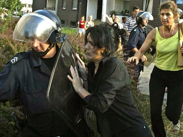 Raptus della gelosia in Serbia, 5 morti in ristorante