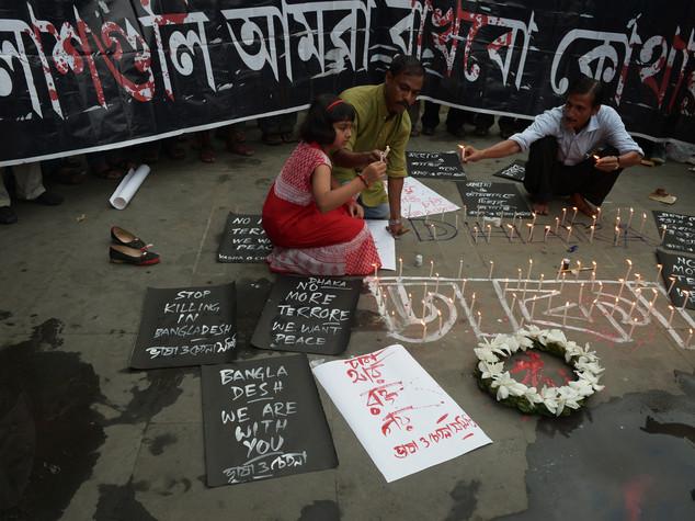 Strage italiani in Bangladesh , trucidavano chi non sapeva Corano