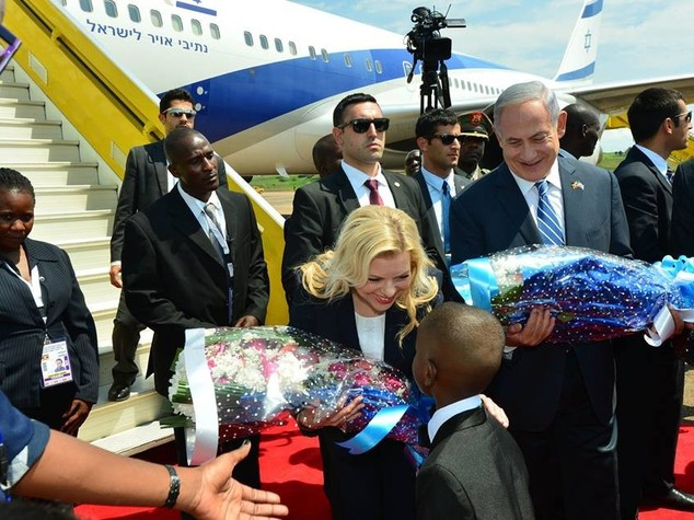 "Netanyahu a Entebbe a 40 anni dal blitz, ""vinse l'umanità"""