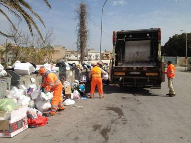 Rifiuti: caos Sicilia, monta emergenza e sindaci evocano procure