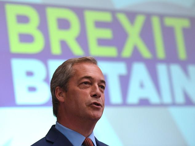"""Farage """"Eurozona in crisi, lo dimostra l'Italia"""""""