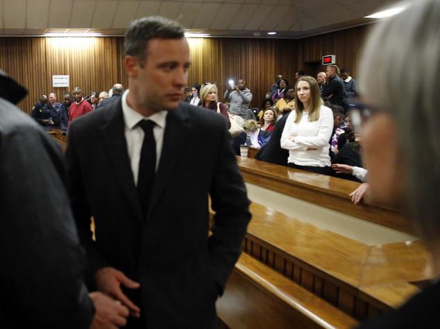 Pistorius, da eroe simbolo della tenacia sulle piste al carcere