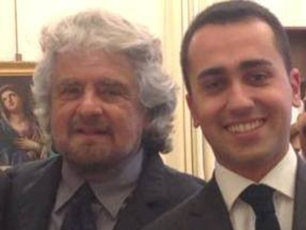 Grillo difende Raggi: sistema contro noi Di Maio: ho sbagliato, sottovalutato mail