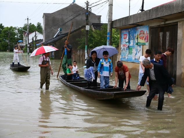 Taiwan: arriva il supertifone Nepartak, oltre 15mila sfollati