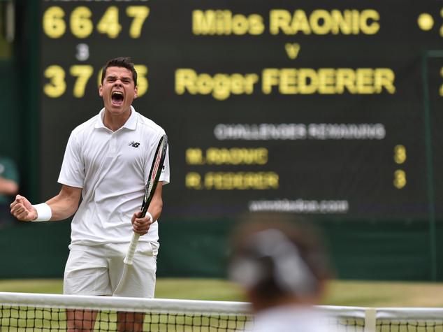 Raonic primo finalista a Wimbledon, Federer ko in 5 set