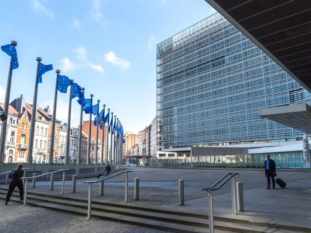 Ue: Commissione e Stati Uniti approvano 'Privacy Shield'