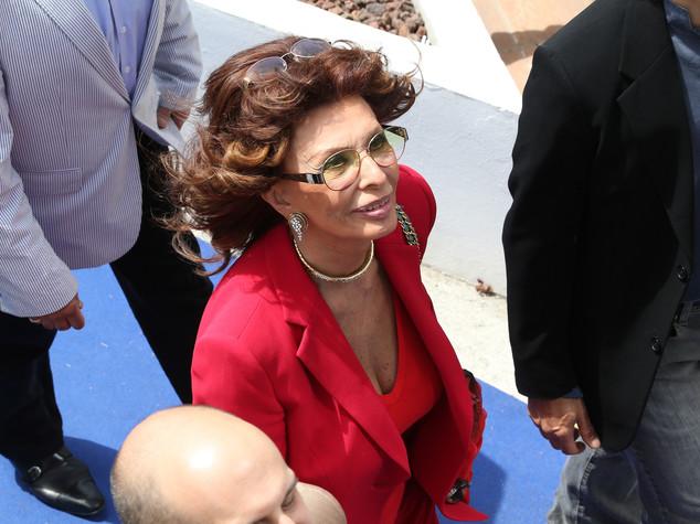 Sophia Loren, De Magistris? 'Nu bellu guaglione' -  FOTO