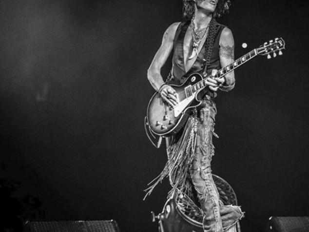 Malore sul palco, chitarrista degli Aerosmith in ospedale