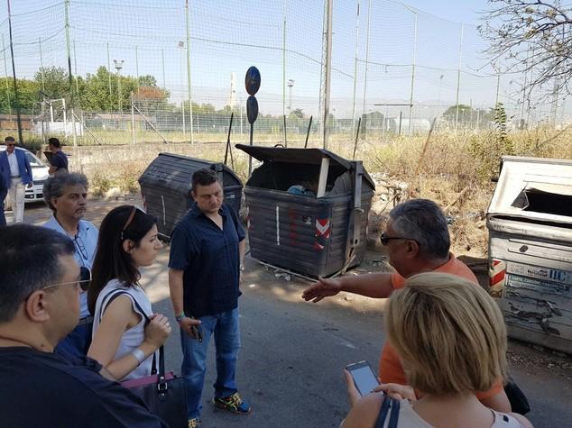 Rifiuti:Raggi,consiglio prudenza a chi vuole Roma come pattumiera