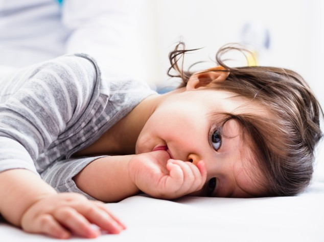 Succhiarsi il pollice riduce rischio allergie