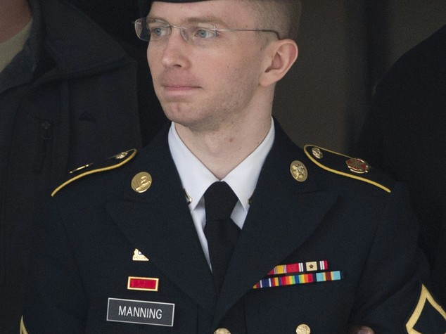 Chelsea Manning, la vita in carcere della 'spia' di Assange