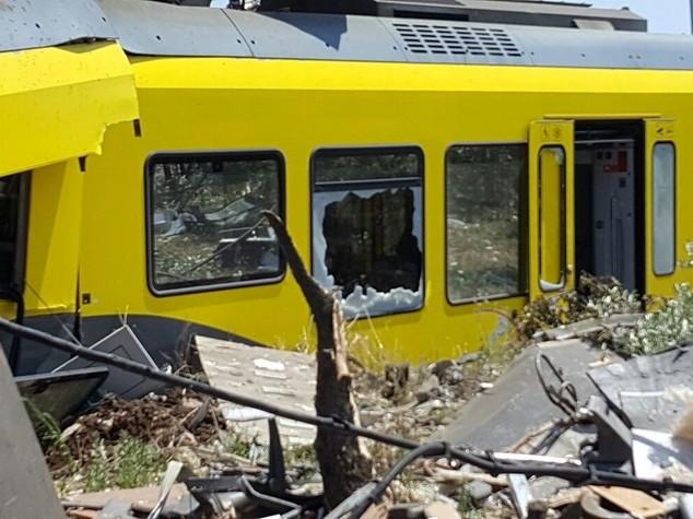 M5S, Delrio riferisca in Aula sullo scontro treni