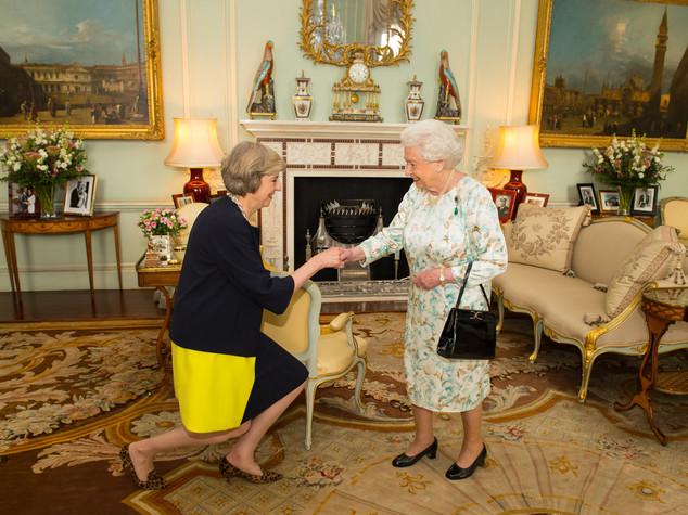 Theresa May, 13esimo primo ministro di Elisabetta II