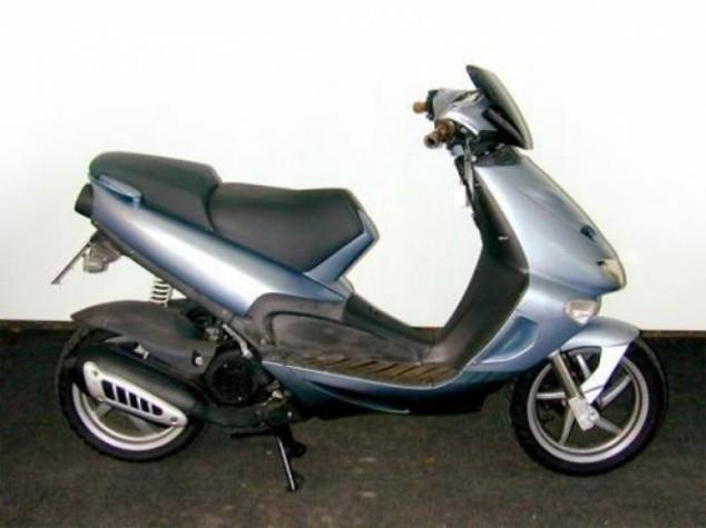 Piaggio entra in mercato indiano scooter con brand Aprilia
