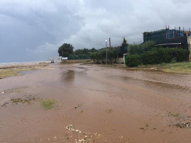 Maltempo: 200 turisti evacuati da tre camping sul Gargano