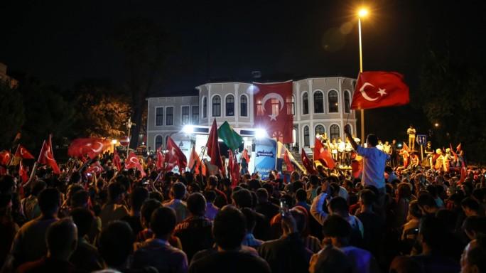 """In Turchia 6.000 arresti. Erdogan, """"possibile ritorno a pena di morte"""""""