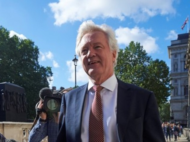 Ministro Gb avverte, potremmo respingere migranti europei
