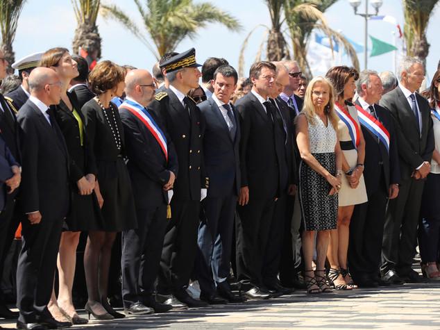 Prorogato di altri sei mesi lo stato di emergenza in Francia