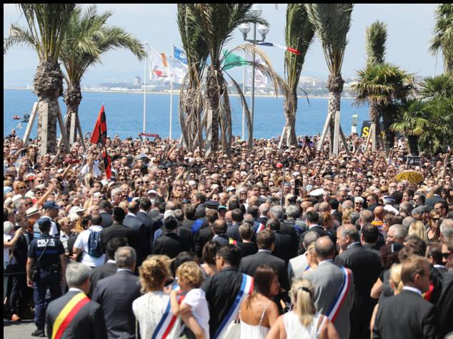 Strage a Nizza, e ora la Francia rischia di perdere i turisti