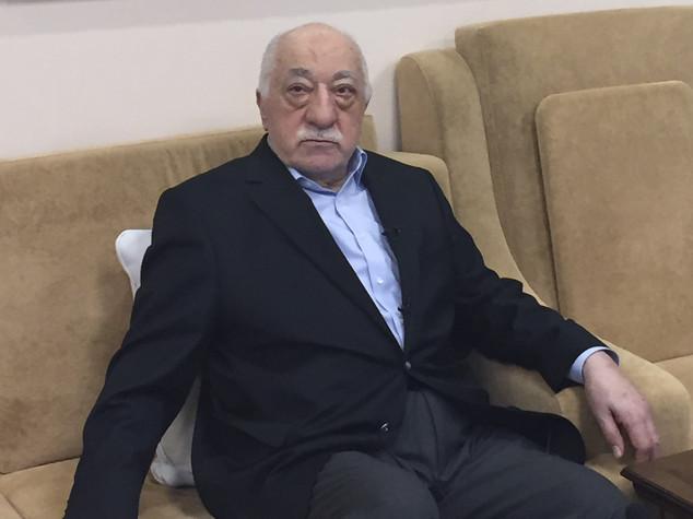 Per Gulen richiesti 2 ergastoli e pene per 1.900 anni