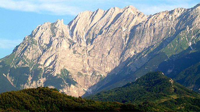 Precipitano dal Gran Sasso, morti due rocciatori