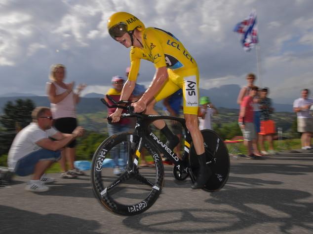 Froome mette sigillo al Tour con crono a Megeve, ottimo Aru