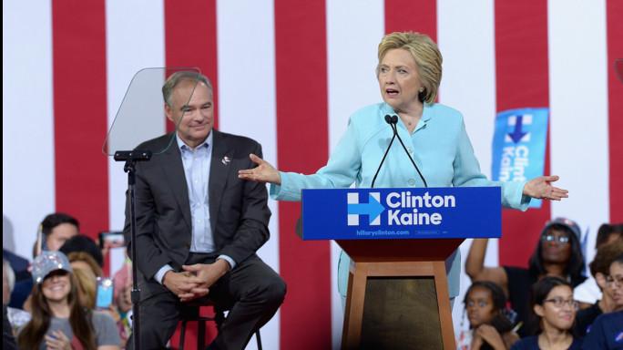 La 'guerra sporca' di Hillary a Sanders avvelena la Convention