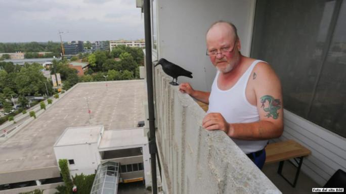 """Monaco, l'uomo del balcone """"avrei voluto sparargli"""" - VIDEO"""
