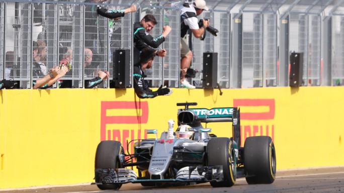 Hamilton vince Gp Ungheria ed e' nuovo leader mondiale