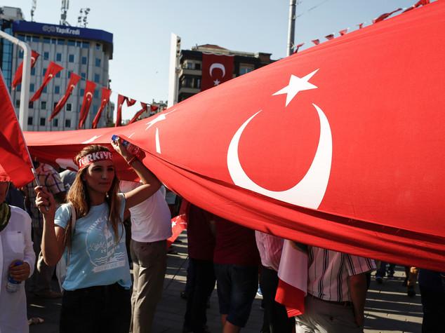 Golpe in Turchia, mandato d'arresto per 42 giornalisti
