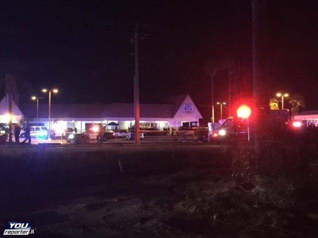 Sparatoria in Florida: 50 colpi contro gruppo, 7 feriti