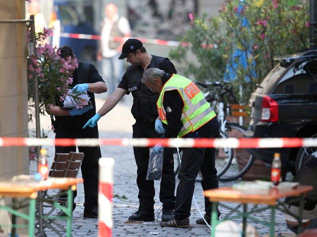 Nuovo attacco in Baviera. Morto attentatore, 12 feriti