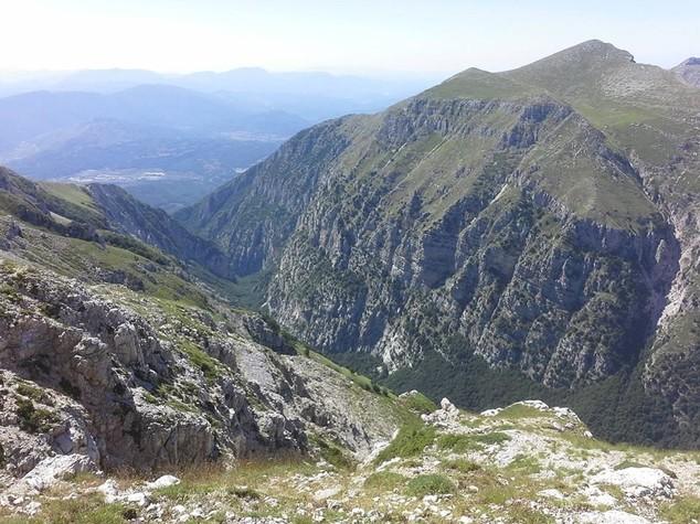 In Lombardia, Valle d'Aosta e Veneto le bandiere nere delle Alpi