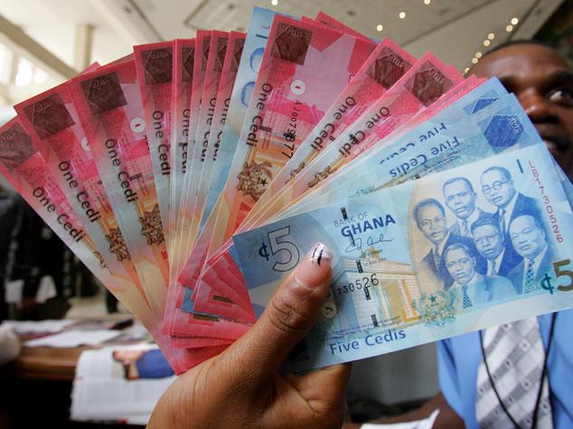 Ghana: fisrt bank cut 195 employees