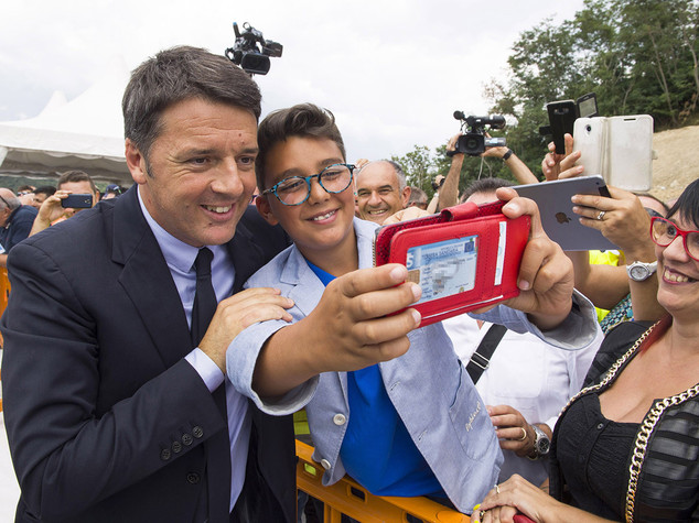 Renzi fa appello al gioco di squadra