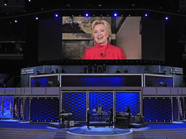 Hillary vince nomination ed entra nella storia